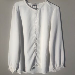 SPLASH WHITE BUTTON UP DRESS SHIRT POM POM DETAIL